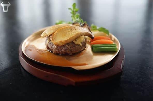 steak terenak di surabaya
