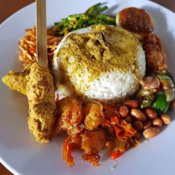 makanan enak di singaraja