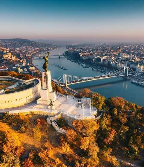 jalan jalan di budapest