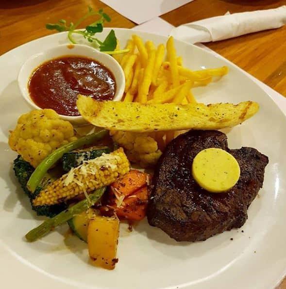 steak enak di surabaya