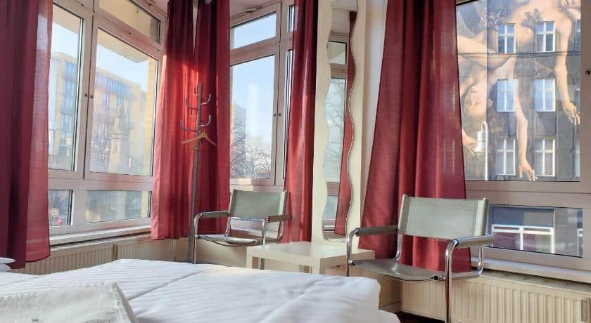 rekomendasi hotel budget di Berlin