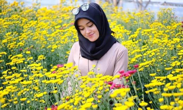 taman bunga romantis di Indonesia