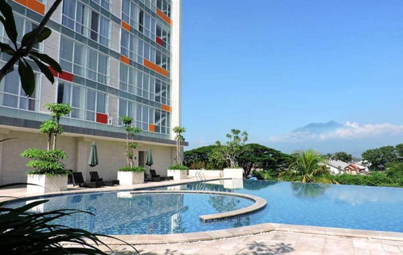rekomendasi hotel di malang dengan kolam renang