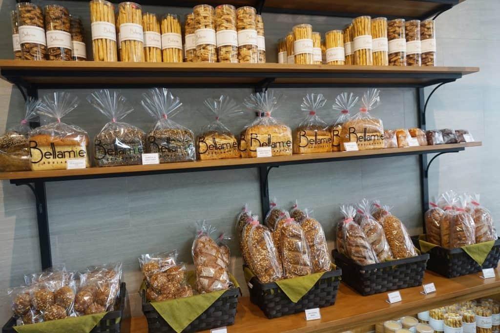 toko kue terkenal di bandung untuk oleh oleh