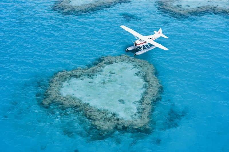 berwisata dengan seaplane