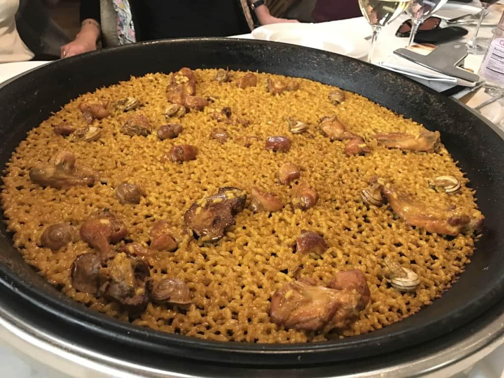 restoran sajika  paella enak di spanyol