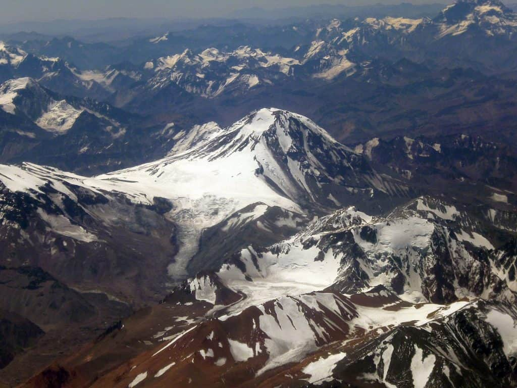 Gunung Api Tertinggi di Dunia