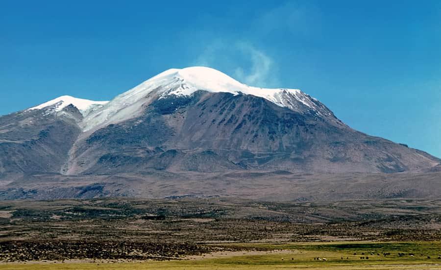 gunung api guallatiri
