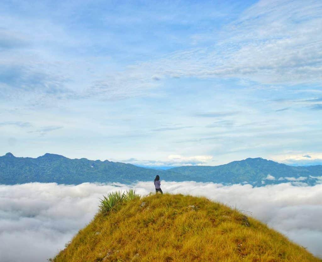 gunung paling tinggi di Sulawesi