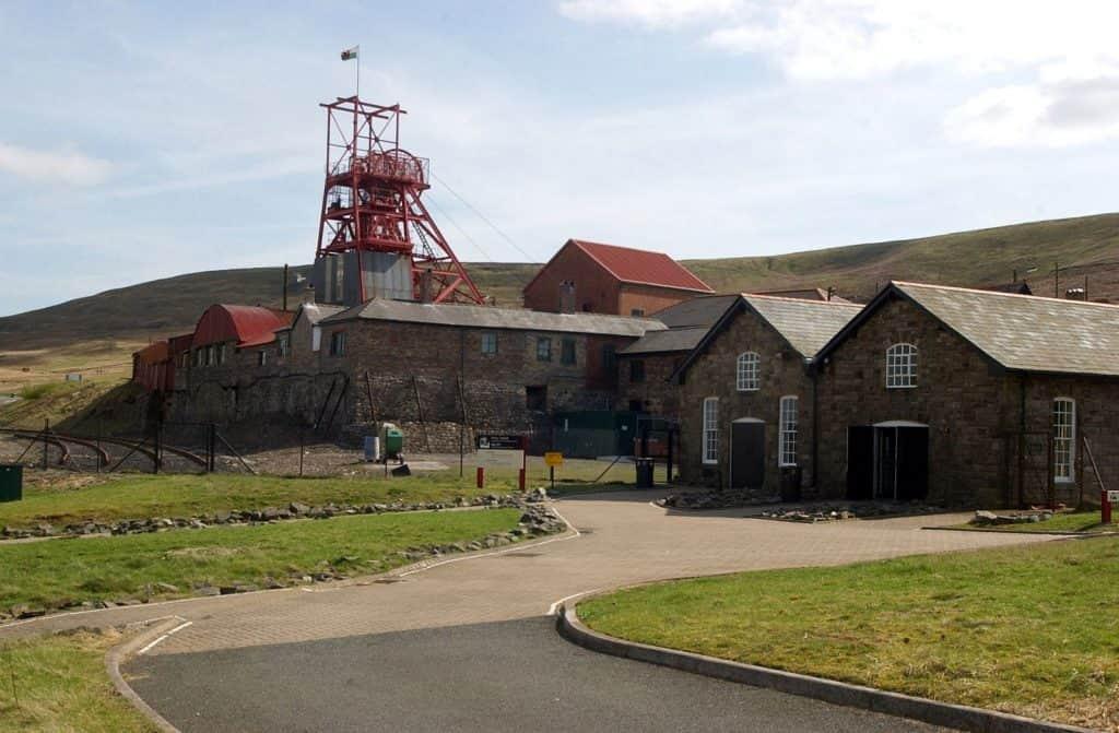 destinasi Wisata di South Wales
