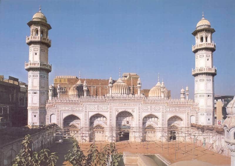 masjid mahabat khan peshwar