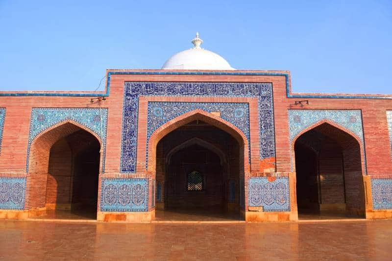 masjid terbesar di Pakistan