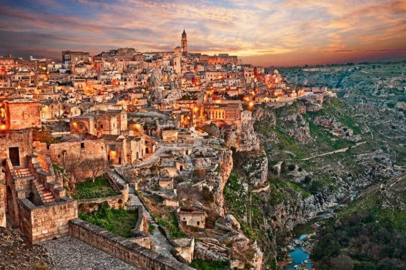Kota Wisata tereknal di Italia