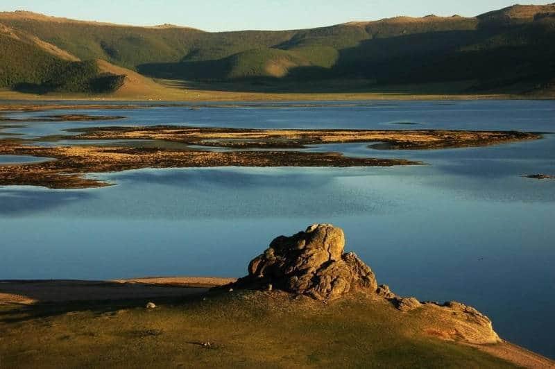 taman nasional tekhiin tsagaan nuur