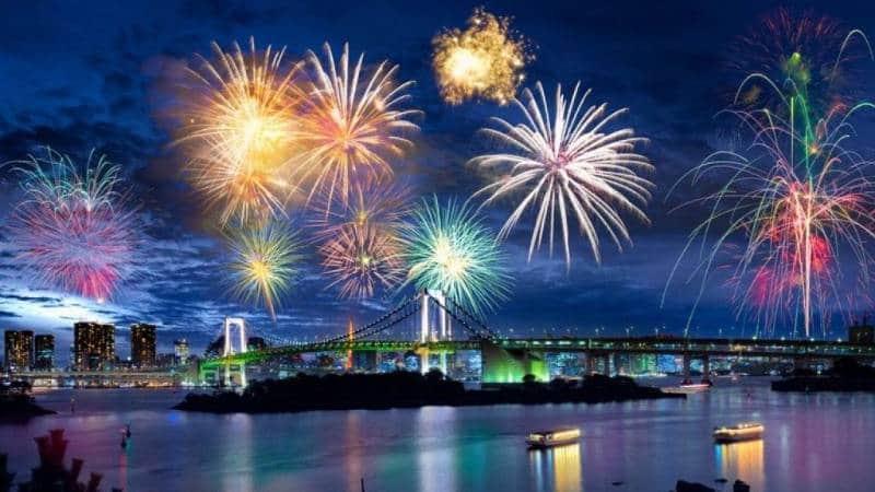 Gemerlap 10 Festival Musim Panas di Asia