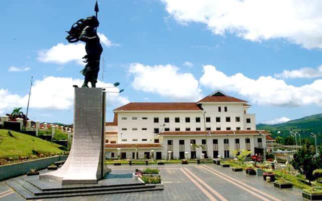 Patung Martha Christina Tiahahu