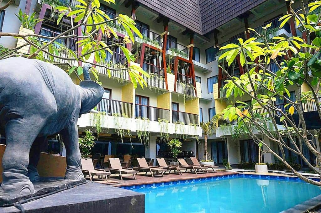 Asyik Banget Nginep di 10 Hotel Budget di Kawasan Legian Bali