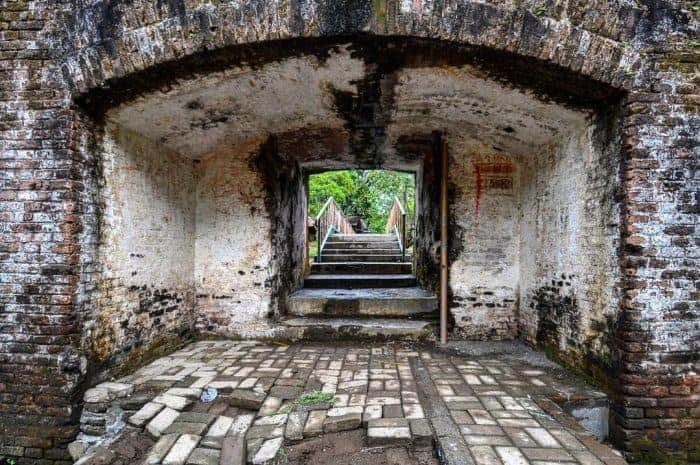 Benteng Paling Horor di Indonesia