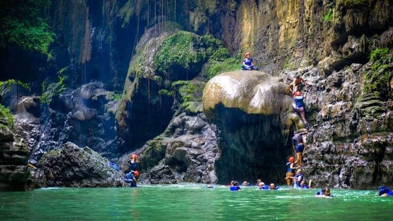 Wisata Susur Sungai Terbaik di Indonesia