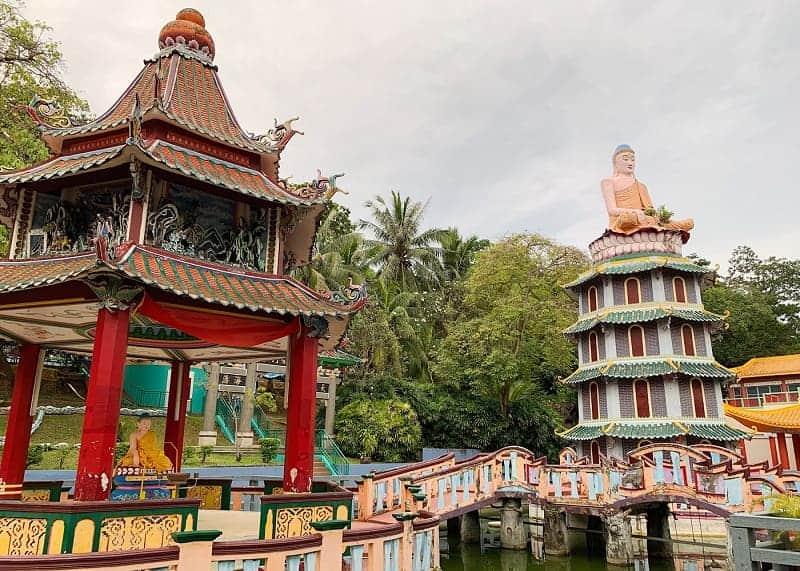 Diantara Gemerlap Kota, Ternyata Ada 10 Tempat Angker di Singapura
