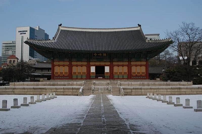 5 Istana Kerajaan Terkenal di Korea Selatan Favorit Wisatawan Dunia