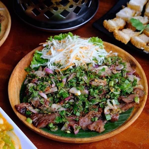 kuliner serba jumbo di Indonesia