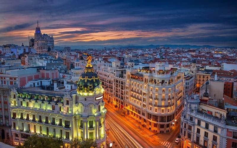 10 Kota Tujuan Wisata di Spanyol Yang Menarik Untuk Dijelajahi