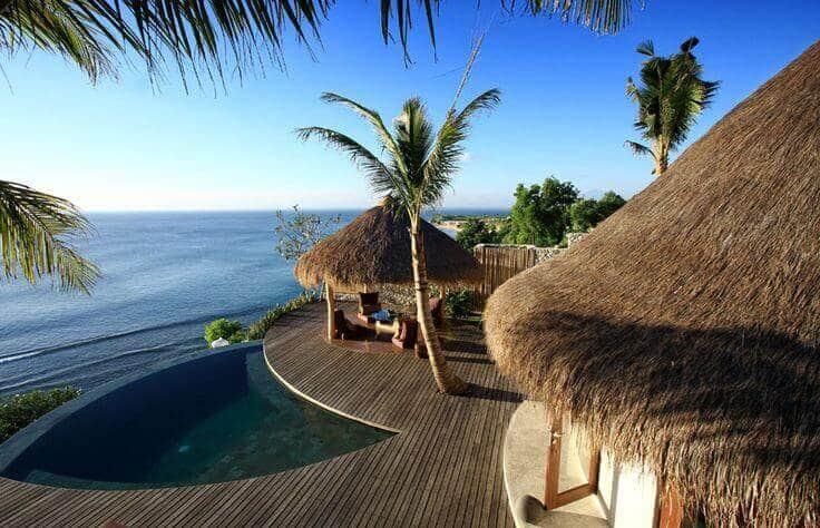 Vila Tepi Laut Terbaik di Bali
