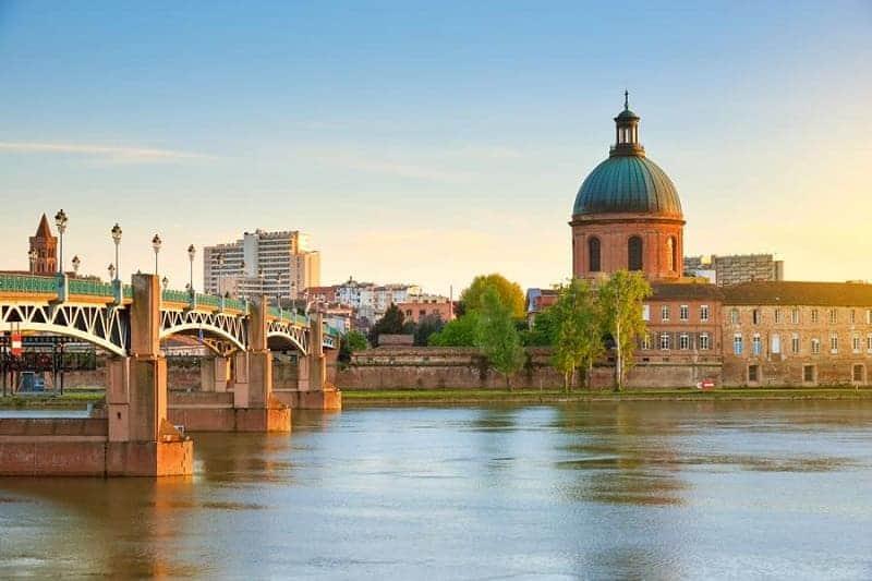 Kota wisata di Perancis