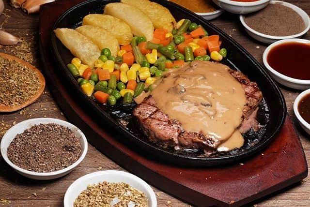 Steak terkenal  di Bintaro
