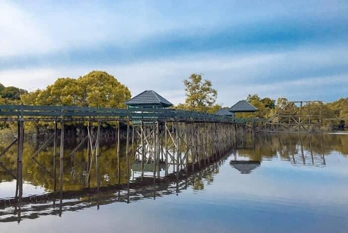 Wisata Palangkaraya danau tahai