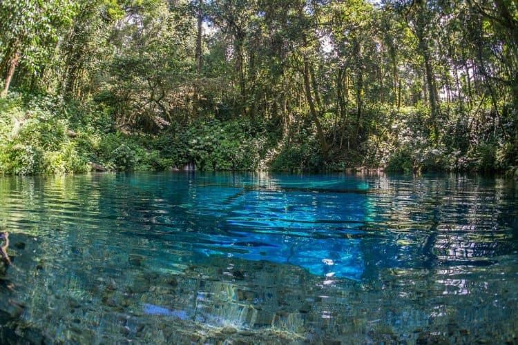 Danau dengan cerita  mistis di Indonesia