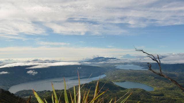 jalur pendakian di Sumatera