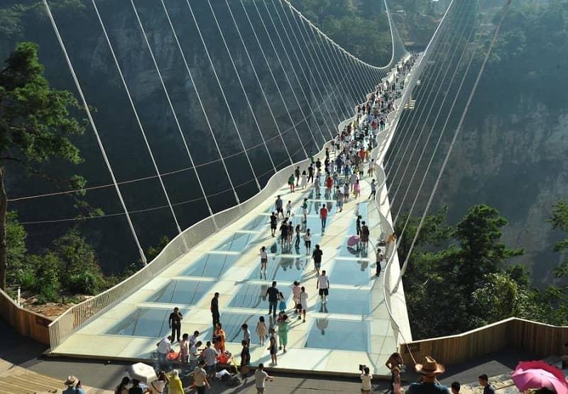 jembatan kaca zhangjiajie grand canyon