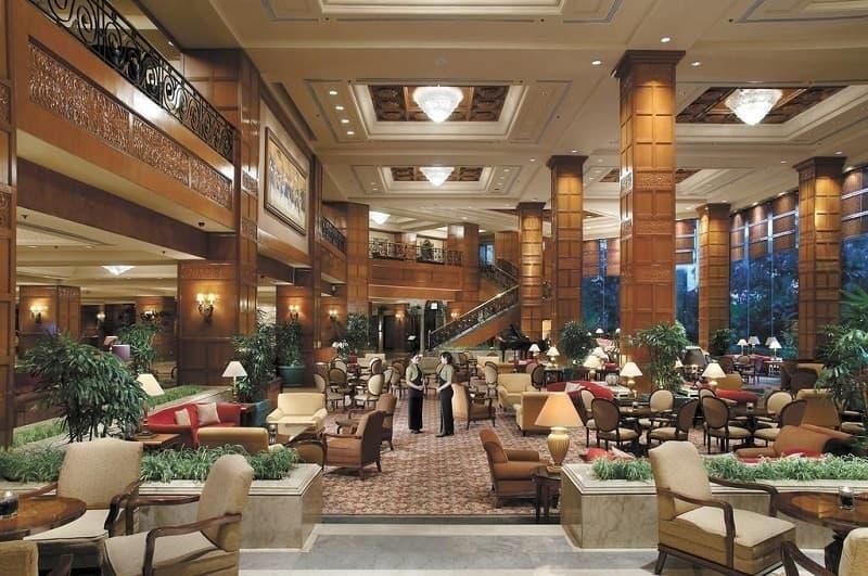 Hotel Dengan Makanan Enak di Surabaya