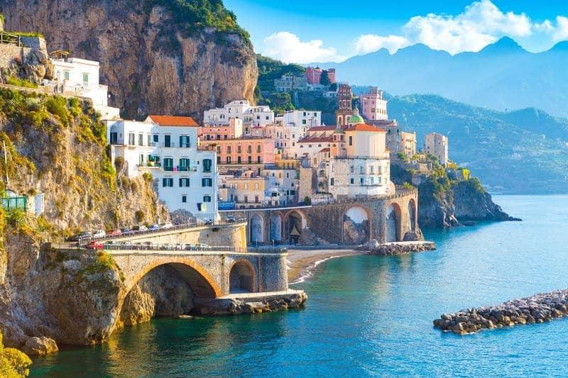 10 Wisata Alam di Italia Favorit Wisatawan Dunia Yang Memukau