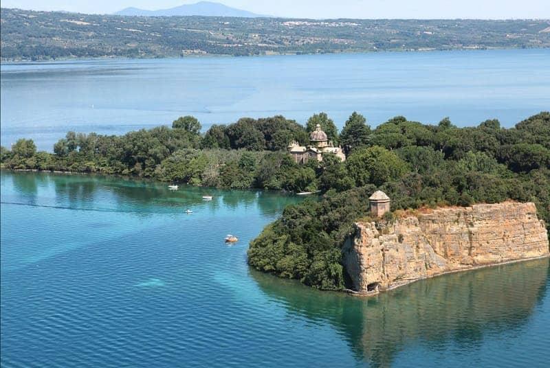 Danau Bolsena