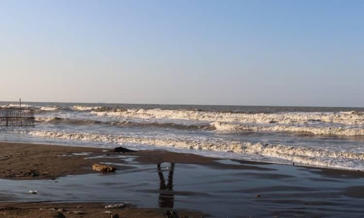 Pantai Glayem