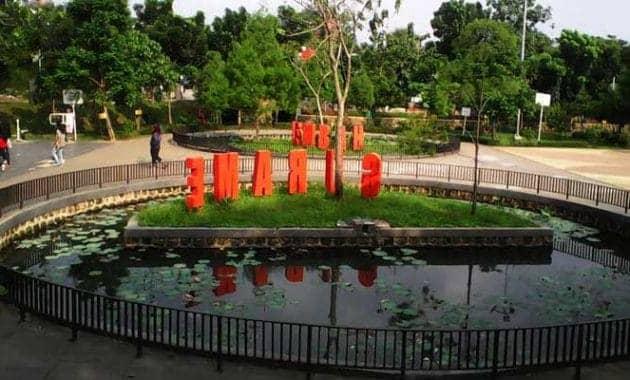 10 Taman di Depok Yang Asyik Buat Refreshing Dan Bersantai