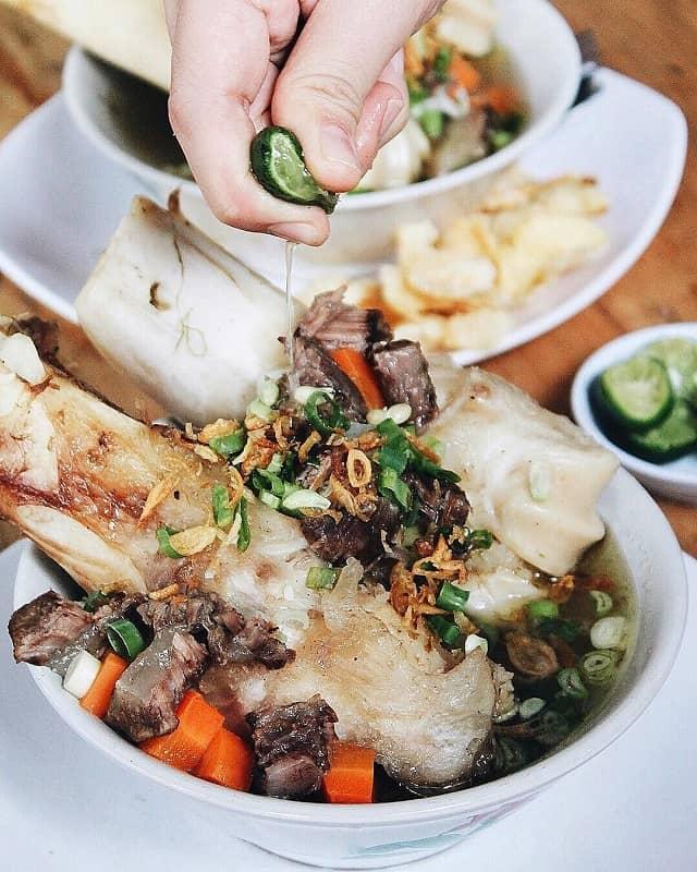 7 Rekomendasi Tempat Makan Sop Sumsum Enak di Jakarta