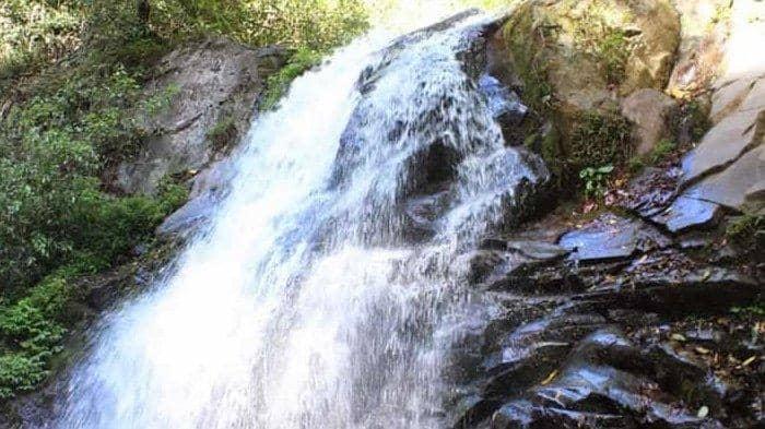 Air Terjun Dlundung