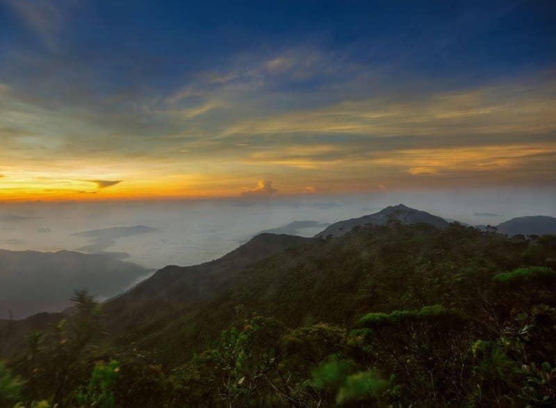Gunung pendakian di Malaysia