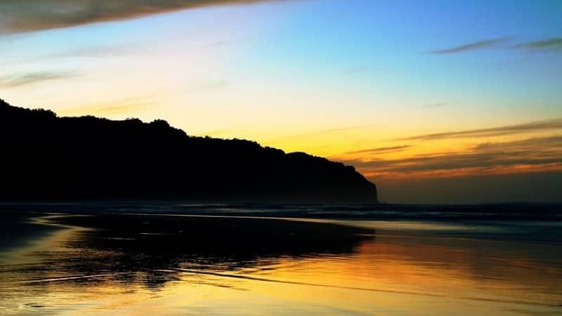 7 Spot Sunrise di Jogja Mulai Pantai, Candi Hingga Gunung
