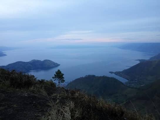 7 Tempat Wisata di Sekitar Danau Toba, Ada Air terjun Hingga Bukit