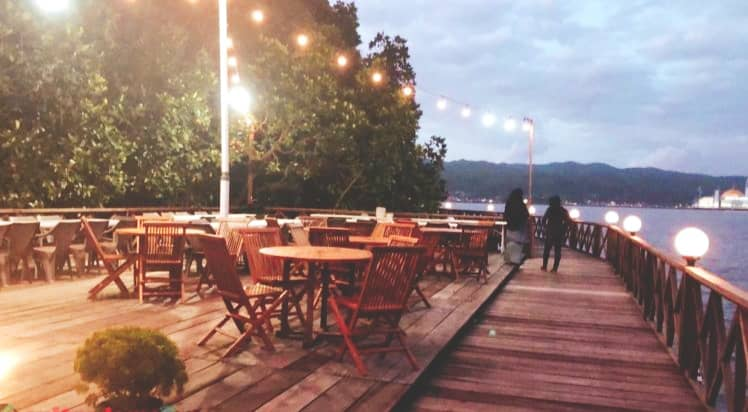 Kendari Mangrove Cafe